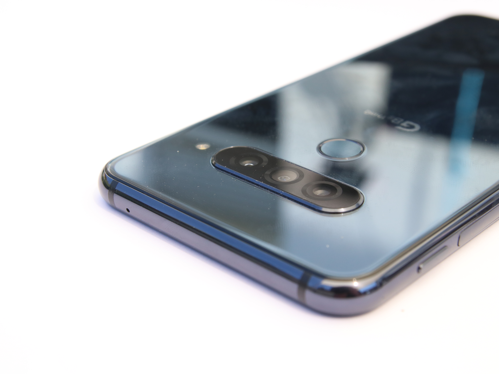 Rahmen oben: LG G8S ThinQ im Test