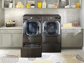 Lg ThinQ Washer in einem Waschraum