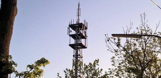 Eine Mobilfunk-Basisstation in Münster.