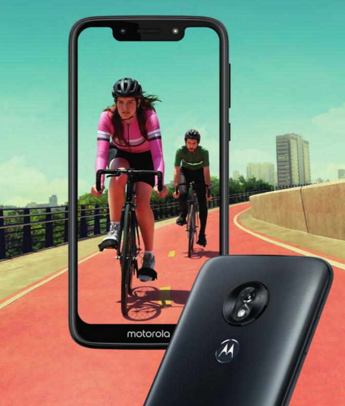 Motorola Moto G7 PLay mit Radfahrer im Display