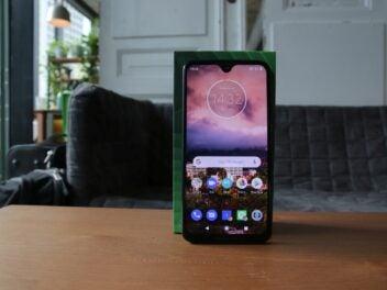 Das Motorola Moto G7 Plus von vorne