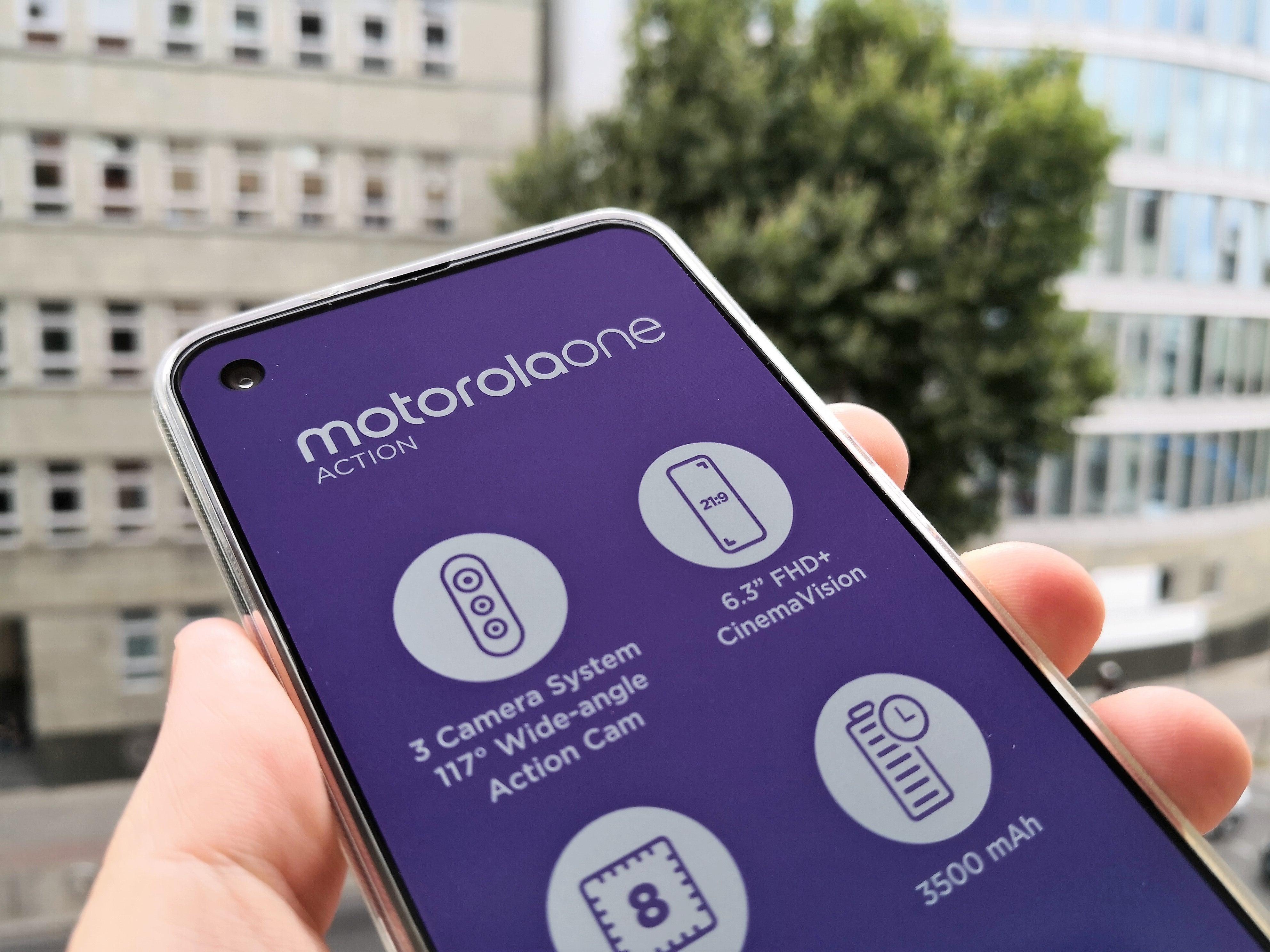 Motorola one action hands-on