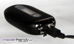 Motorola PEBL V6 - mit Ladekabel