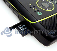 Motorola Rizr Z8: Einschub Speicherkarte