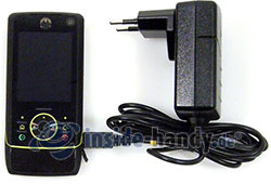 Motorola Rizr Z8: Ladegerät