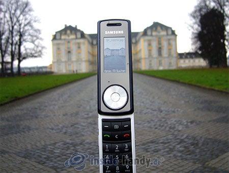 Motorola SGH-F210: Außenaufnahme