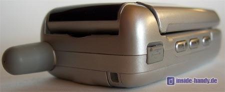 Motorola v220 : Seiten- und Oberansicht