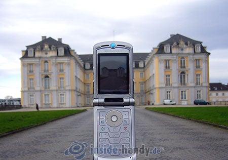 Motorola V3xx: beim Fotografieren