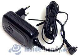 Motorola W220: Ladegerät