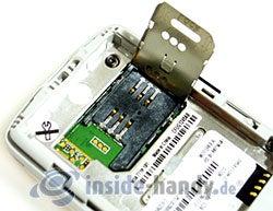 Motorola W220: SIM-Einschub