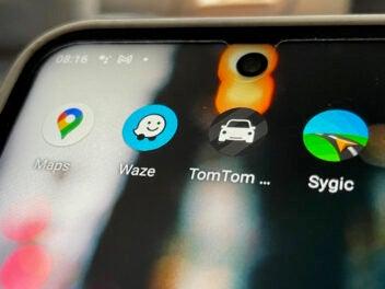 Navi-Apps auf einem Nokia-Smartphone
