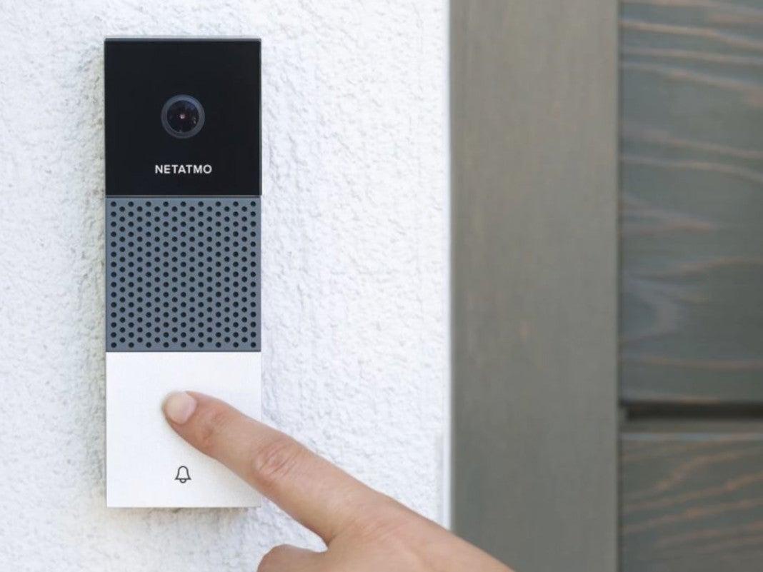 Netatmo Intelligente Videotürklingel auf die gedrückt wird
