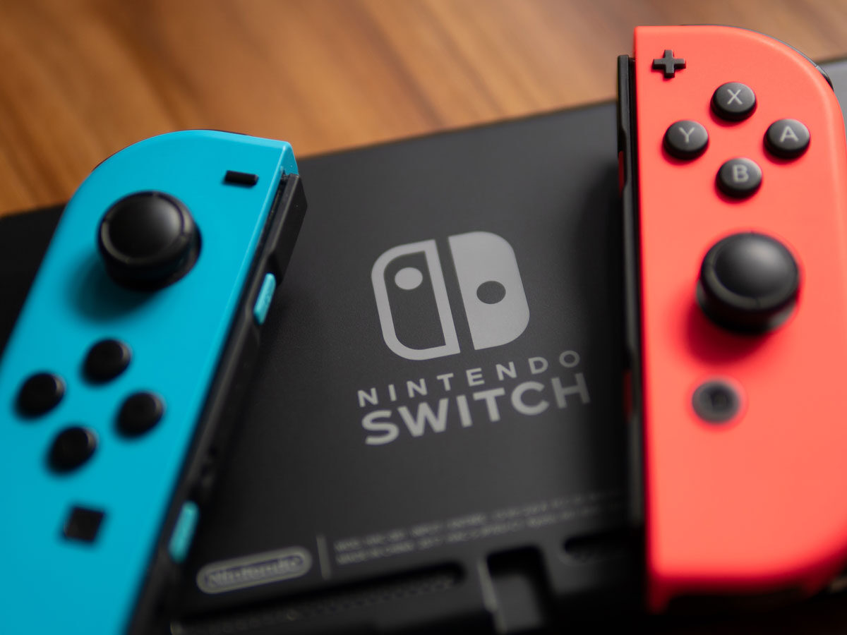 Ninteno Switch mit Joy-Controllern