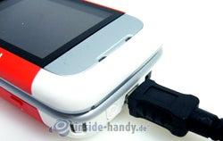 Nokia 5300 Xpress Music: Anschluss