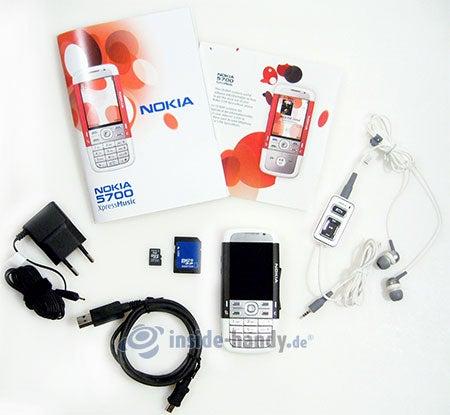 Nokia 5700 XpressMusic: Lieferumfang