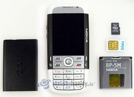 Nokia 5700 XpressMusic: zerlegt in Bestandteile