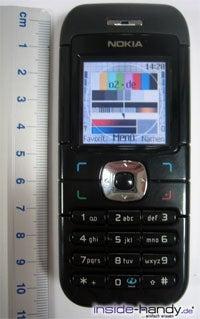 Nokia 6030 - größe handy neben Lineal