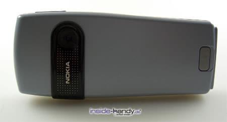Nokia 6230 - auf der Seite stehend