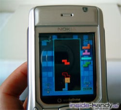 Nokia 6630 - Spiel in der Hand