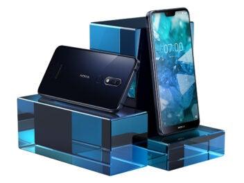 Nokia 7.1 auf Glasquardern