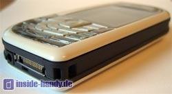 Nokia 7610 - Unterseite