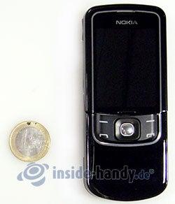Nokia 8600 Luna: Größenverhältnis