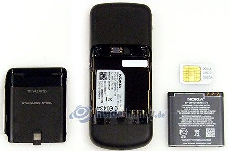 Nokia 8600 Luna: zerlegt in Bestandteile