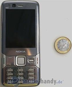 Nokia  N 82