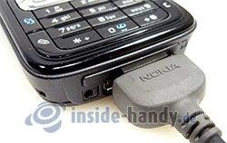 Nokia N73 Musik Edition: Anschluss