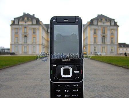Nokia N81: Foto Schloss