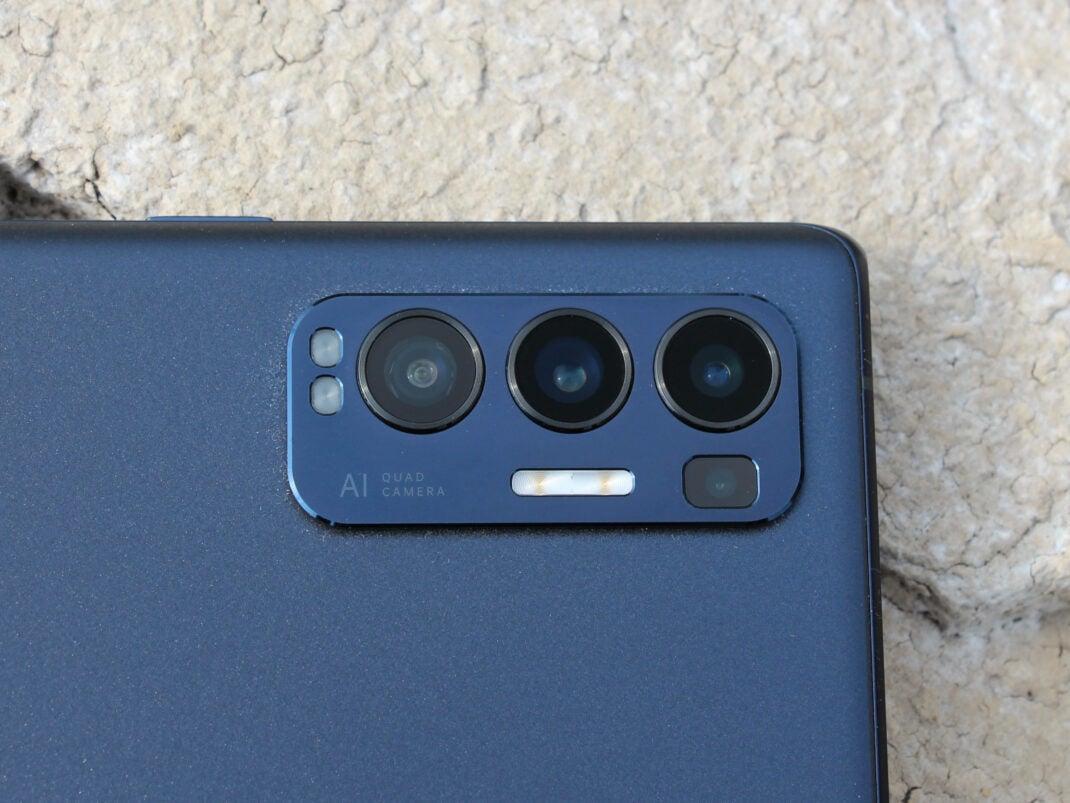 Die Kamera des Oppo Find X3 Neo im Fokus