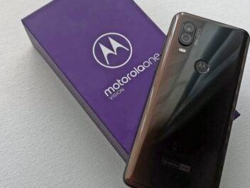 Verpackung des Motorola One Vision