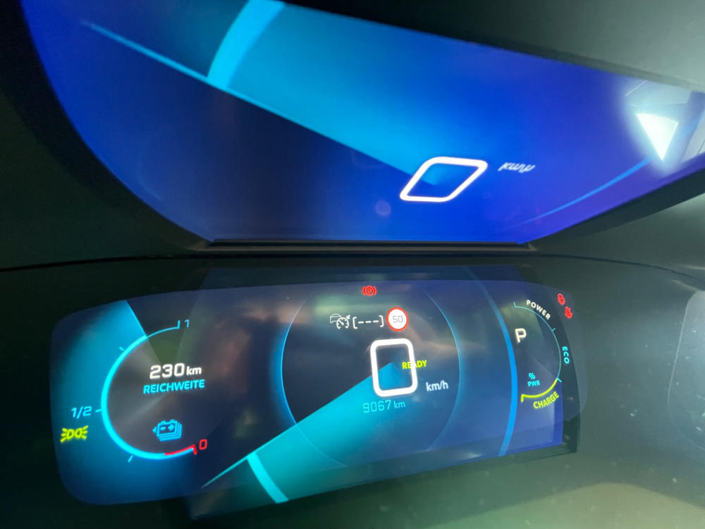 Peugeot e-2008 i-Cockpit