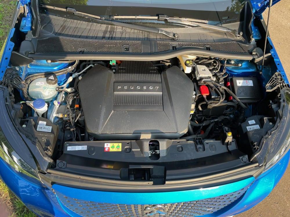 Peugeot e-2008 GT Motor