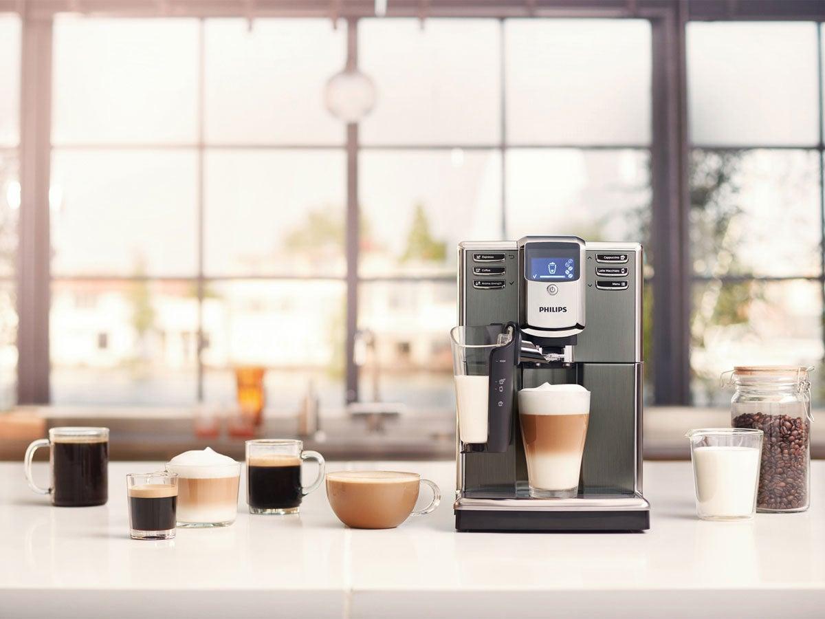 Philips Kaffeevollautomat mit Kaffeespezialitäten