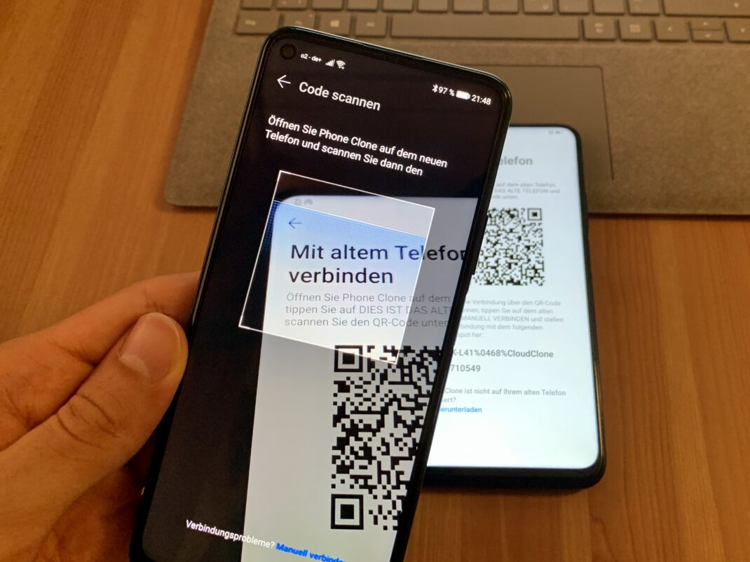 QR-Code scannen um eine Verbindung zwischen den beiden Handys herzustellen