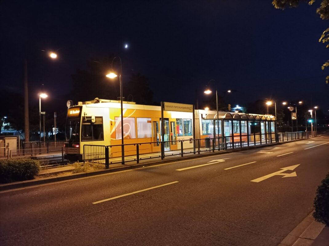 Ein Foto mit dem Poco M3 Pro bei Nacht