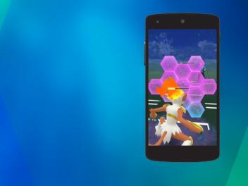 Smartphone mit Pokémon Go PvP auf dem Bildschirm