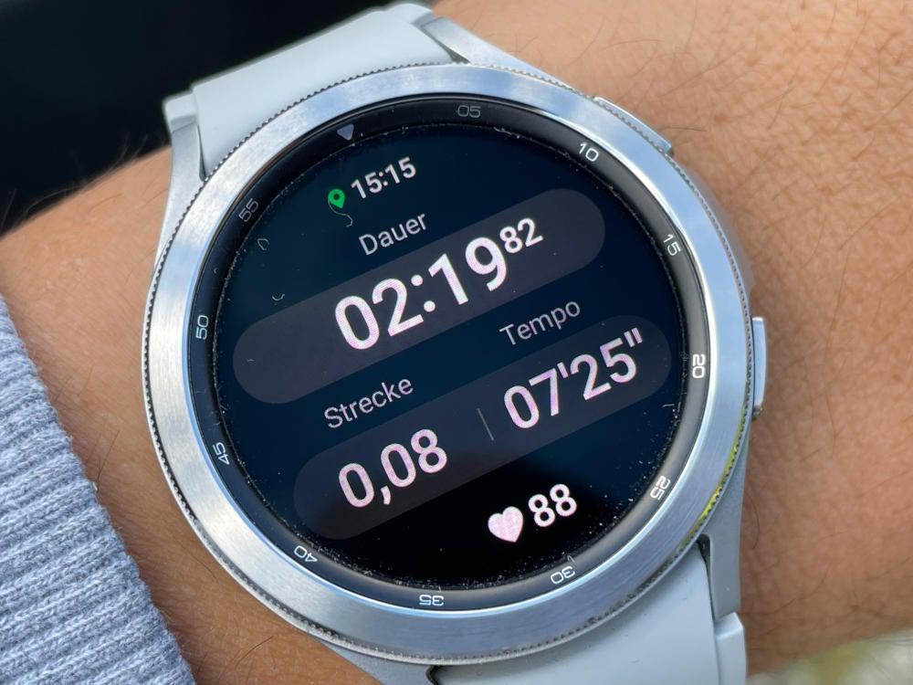 Workout-Anzeige auf der Samsung Galaxy Watch4 Classic