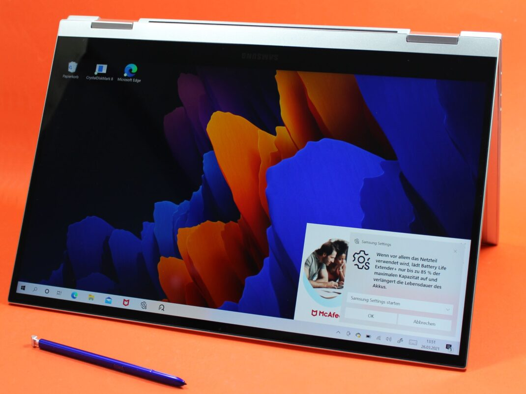 Tent-Ansicht des Samsung Galaxy Book Flex 2