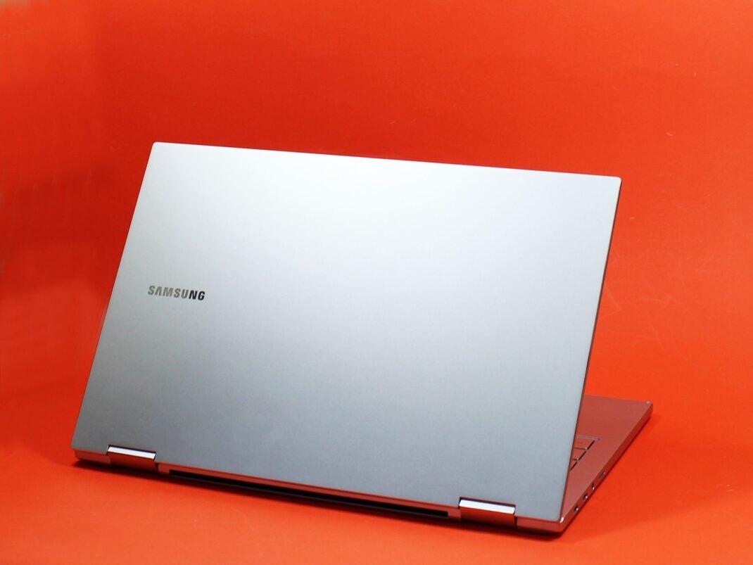 Deckel des Samsung Galaxy Book Flex 2