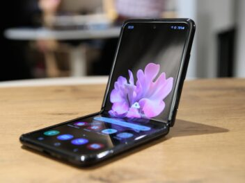 Samsung Galaxy Z Flip Hands-On