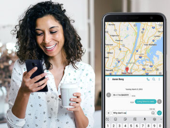 Samsung GAlaxy J6+ in den Händen einer Frau mit Navi-App