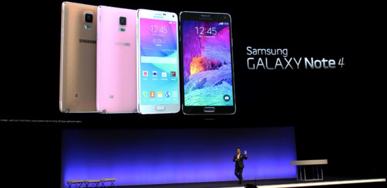 Der Marketing-Chef von Samsung Mobile, DJ Lee, präsentiert das Galaxy Note 4 auf der IFA 2014.