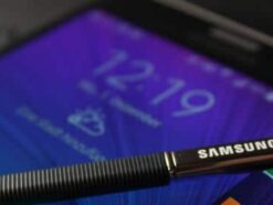Samsung Galaxy Note Edge mit S-Pen