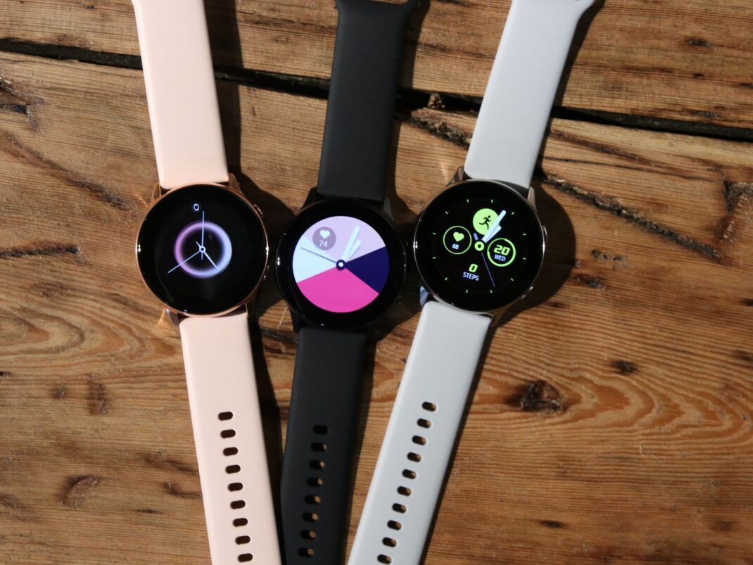 Hands-On Foto der Samsung Galaxy Watch Active