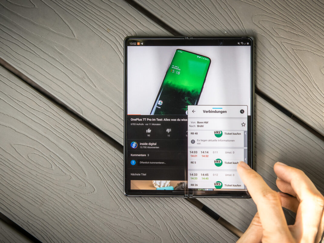 Eine weitere App in einem kleinen Fenster starten ist auf dem Galaxy Z Fold 2 problemlos möglich