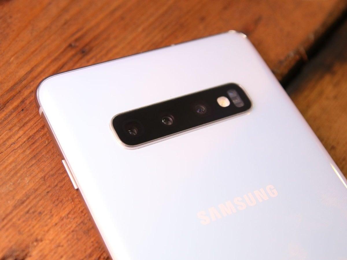 Die kamera des Samsung Galaxy S10.