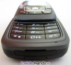 Samsung SGH-D600 -  aufgeschoben von unten