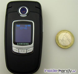 Samsung SGH-E730 - größenvergleich